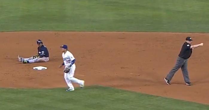 runner interference dbl play
